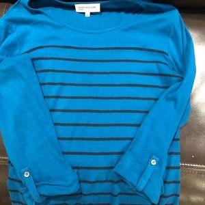 Large blue and black top